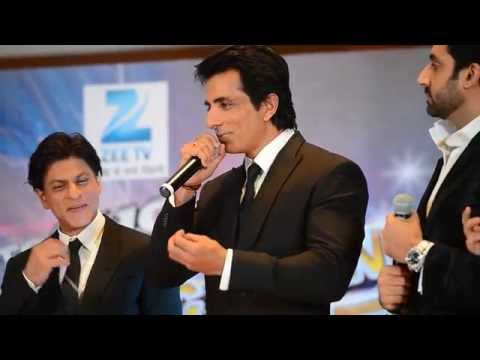 Shah Rukh Khan with Happy New Year team dances at Zee's new show