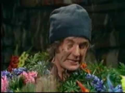 Monty Python - Dennis Moore