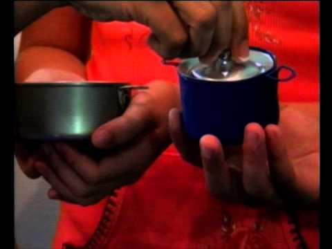 Como hacer olla y cacerolas o sart n de reciclaje en for Como hacer artesanias en casa