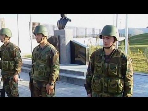 إجلاء جنود أتراك كانوا يحرسون ضريح سليمان شاه في سوريا