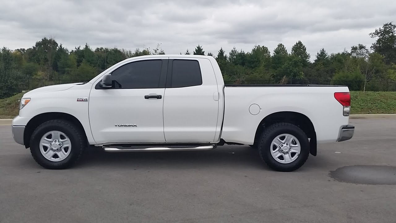 toyota tundra double cab 4x4 42k 1 owner white 5. Black Bedroom Furniture Sets. Home Design Ideas