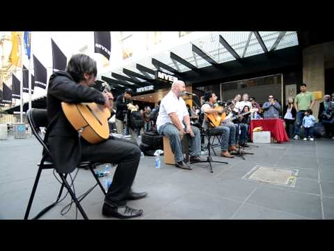 La Rumba in front of Myer, 21-8-2011 (HD)