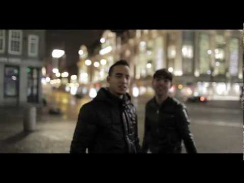 Moro & RaChiid - Kerstmis is voor iedereen (Official Video)