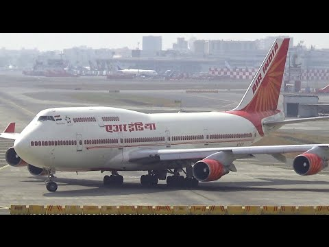 Unbelievable Boeing 747-400 Very Early Rotation by Air India