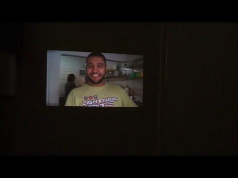 Filmadora grava em HD e projeta imagens de até 60 polegadas