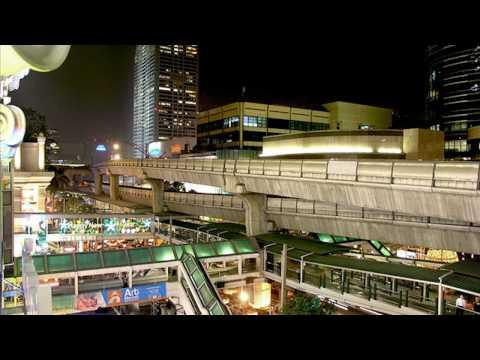 Bangkok Central World Burning 19/5/10 [Home made video]