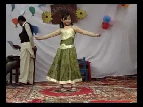 Mera Ishq Sufiyana Little Girl Dance, Muzaffargarh video