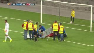 Mål: Otäcka scener när Hasani och Une Larsson nickar ihop vid 2-1 - TV4 Sport