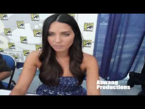 Download Lagu Olivia Munn speaking tagalog. Plus Kevin Pereira & Blair Butler. Comic-Con 2009. MP3 Free