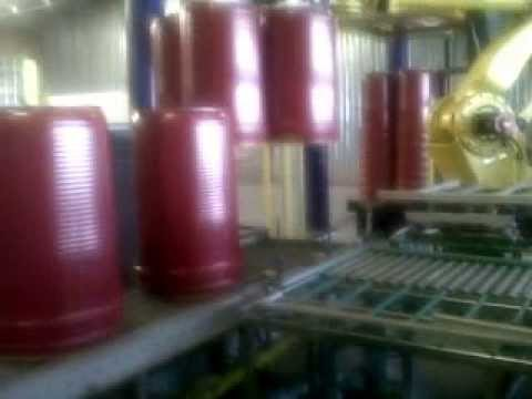 Robot conical and cylindrical drums stacker