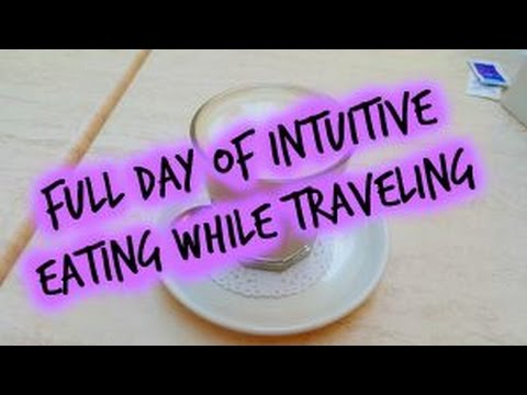Full Day of Intuitive Eating While Traveling: Brisbane for the Day!
