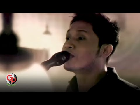 Andra And The Backbone - Jalanmu Bukan Jalanku