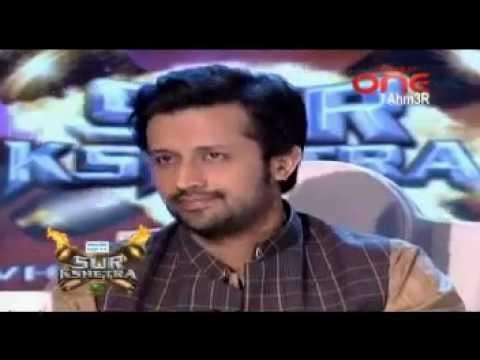 Abida Parveen And Mulazim Hussain: Daman Lagi Aan Mola Mein Tu Teri Aan video