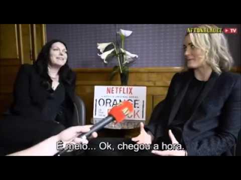 Laura Prepon and Taylor Schilling talk about sex scenes - Legendado PT