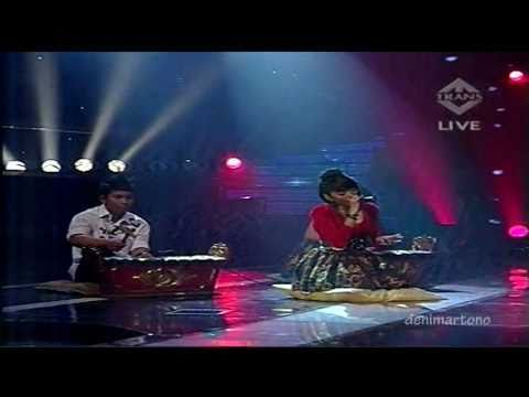 "Little Queen ""Seandainya"" IMB 2 SEMIFINAL7 - 23 Jan 2011 Trans Tv"