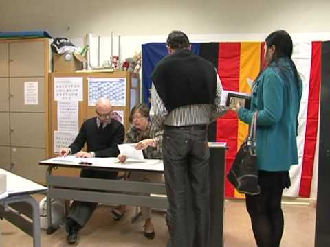 Voting begins in German election