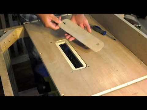 Nueva sierra de mesa casera con la sierra circular. Make a homemade table saw with a circular saw.