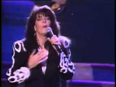 Kathy Mattea - Standing Knee Deep In A River Dying Of Thirst