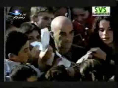 Gezuar vitin e ri 2001 humor shqip,shkarko falas tek www.p2p