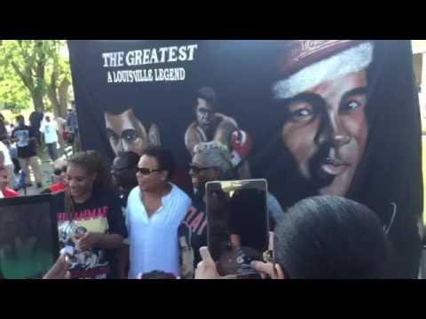 download lagu Dahlan Iskan - Muhammad Ali gratis
