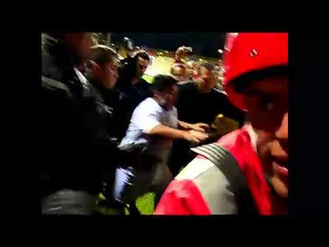 Las agresiones de Maradona en el Partido por la Paz en Colombia