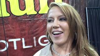 Quality time with Inari Vachs at Exxxotica Chicago 2011