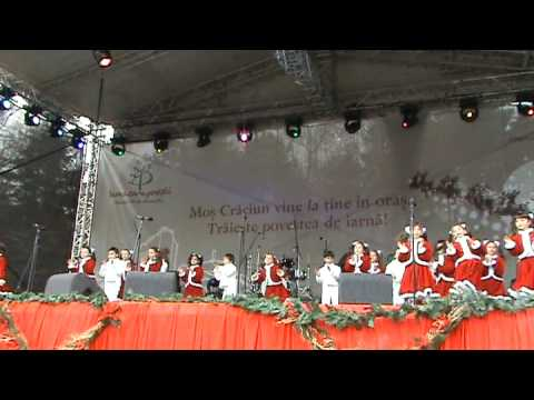Mos Craciun Vreau Sa Vii, Petrut Iamandei In Parcul Tineretului Cu Grupul Miracol, 20 12 2008 video