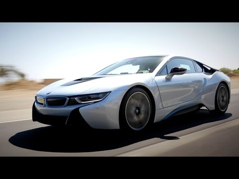 2014 BMW i8 Review - Kelley Blue Book klip izle