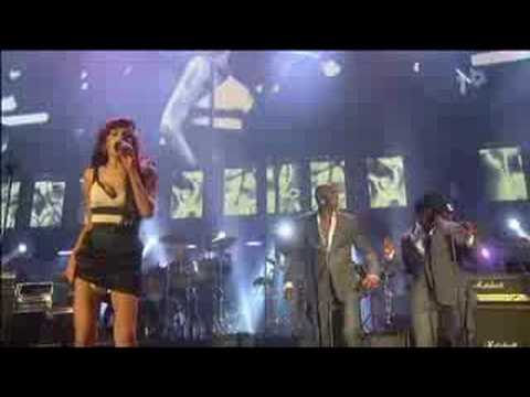 Amy Winehouse - Valerie (Live Nelson Mandela