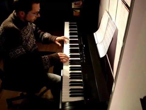 online klavier lernen in wenigen wochen zum freien klavier spielen youtube. Black Bedroom Furniture Sets. Home Design Ideas