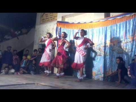 Pahariya moon dance compition on charak puja 2016