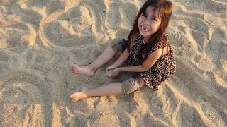 Play with the sand at the river bank