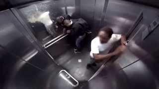Розыгрыш в лифте диарея