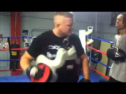Boxing Training Lessons| How To Attack The Body. Image 1