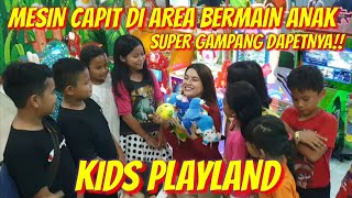 SUPER GAMPANG!! CAPIT BONEKA DI KIDS PLAY LAND - PGC CILILITAN!!PADA ANTRI SAKING BANYAK DAPETNYA..