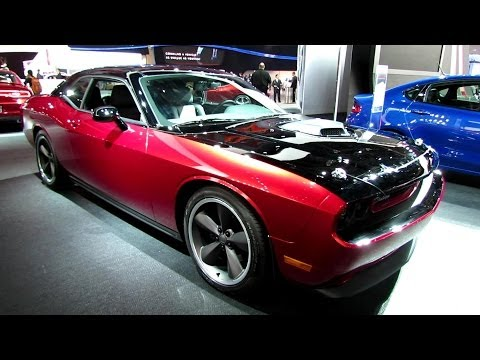 2014 Dodge Challenger Scat Pack 3 - Exterior And Interior Walkaround - 2014 Detroit Auto Show video