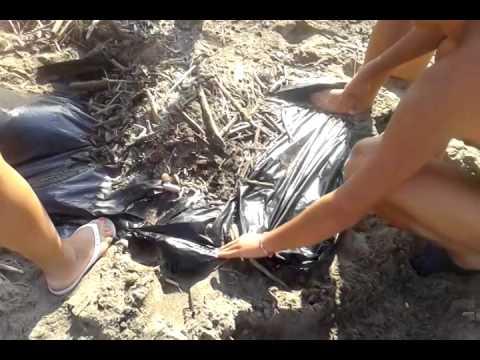 pulizie spiaggia libera di Castel Volturno