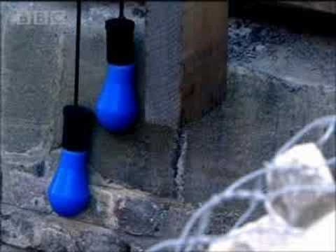 Disasters - Thames flood risk to London - part 1  - BBC