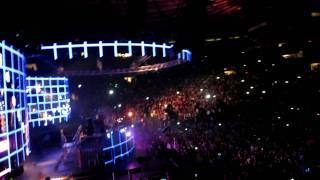 Swedish House Mafia @ Madison Square Garden in NYC Part 1 -1080p