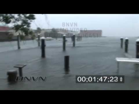 7/10/2005 Hurricane Dennis Video, Pensacola, Florida - Part 1CC