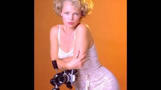 Suze Randall. And Humphry. And Holly. - The Rialto Report Podcast 41