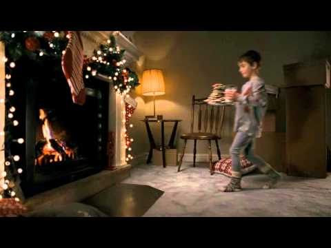 "Canadian Tire Christmas Commercial 2012 ""Runway"""