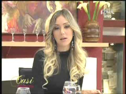 LAS MAGNIFICAS NICOLE PULINO, SARAH RIVERA PARTE 2 10-8-2012 @ CASI AL MEDIODIA PAT - BOLIVIA