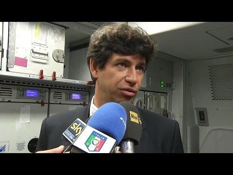 Il Vice Presidente della FIGC parla dell'obiettivo dell'Italia alla Coppa del Mondo 2014 in un'intervista realizzata sull'aereo che ha portato la Nazionale i...