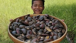 Easy Mussel Cooking Mango Sauce Recipe / Boiling River Mussel / Eating Mussel