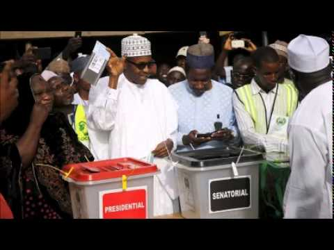 Buhari gains early ground amid Nigeria vote tally fears
