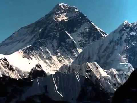 Tension at Mount Everest base camp over sherpa strike threat