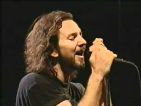 Pearl Jam - Last Kiss (live) video