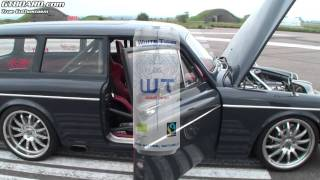 Volvo  Amazon 67 playing with Ferrari 458