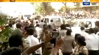 Tendulkar leaves Wankhede amid emotionally charged-up fans
